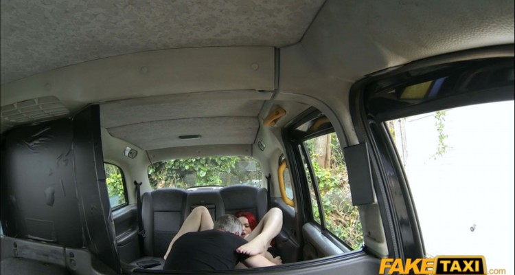 Jasmine gets her pussy licked at Fake Taxi