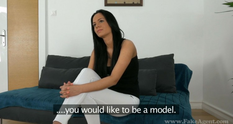 Horny chick wants to model