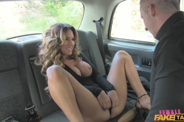 Elicia takes advantage of her male passenger