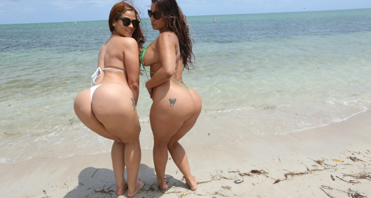 Two babes with big asses at the beach