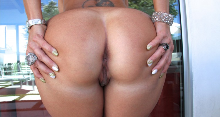 Ava Addams spreading her big ass at Big Tits Round Asses