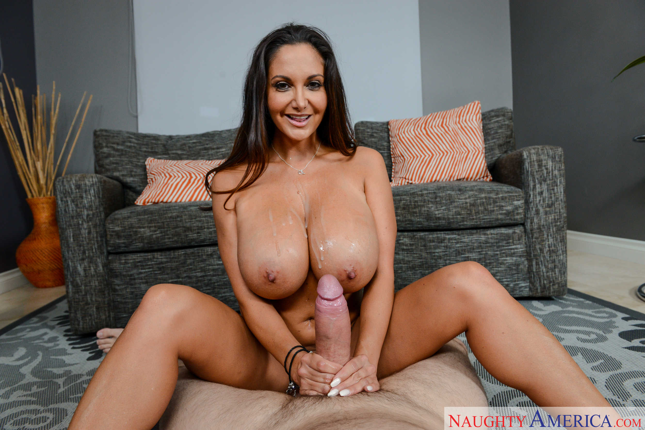 Megan foxx gets her pussy stretched by monster cock - 2 part 8